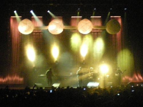 Les Pixies sur la scène du Zénith