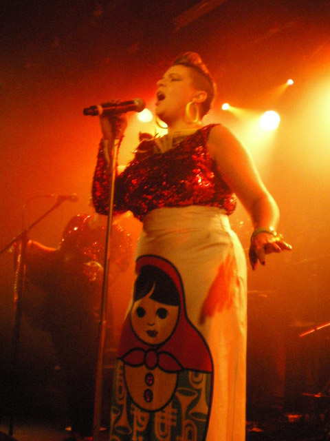 Miss Platnum à la Maroquinerie