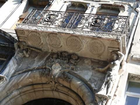 Façade d'immeuble à Bordeaux